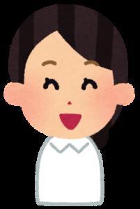 女性看護師笑顔